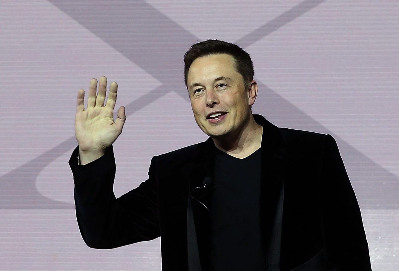 ELon Musk plans to leave California for Texas