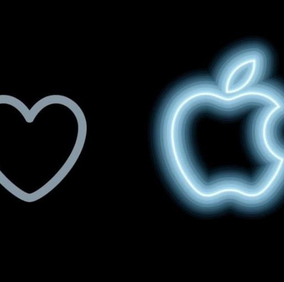 iPhone 13 #AppleEvent: Twitter Turns 'Like Button' Into Apple Logo